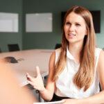 Welche Fragen stellen Bewerberinnen und Bewerber im Vorstellungsgespräch?