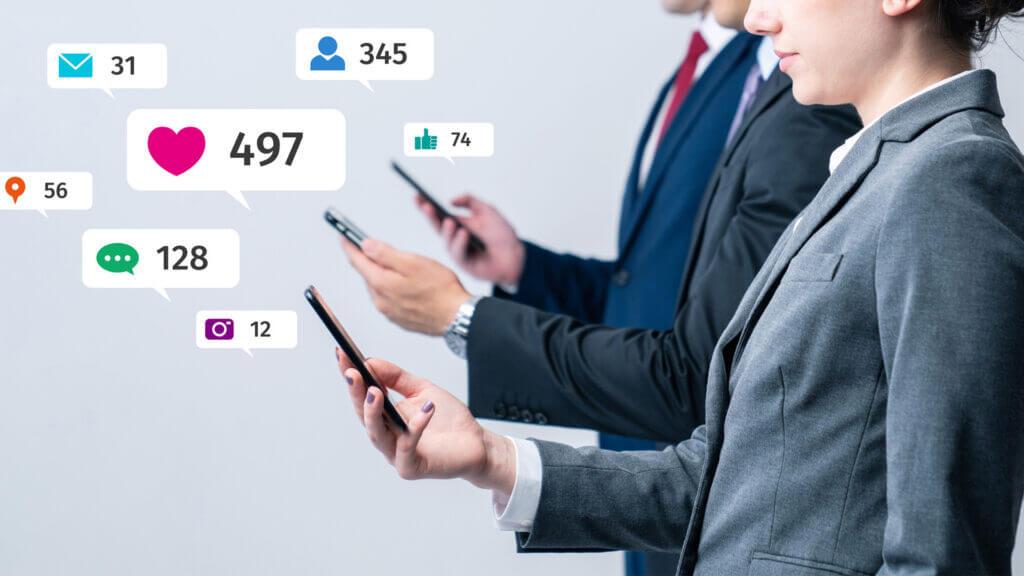 Stellenausschreibungen auf Sozialen Netzwerken teilen