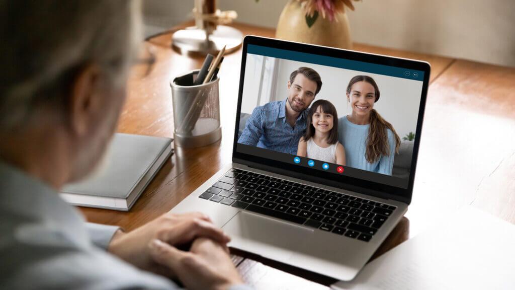 berufstätige Eltern Familiensituation