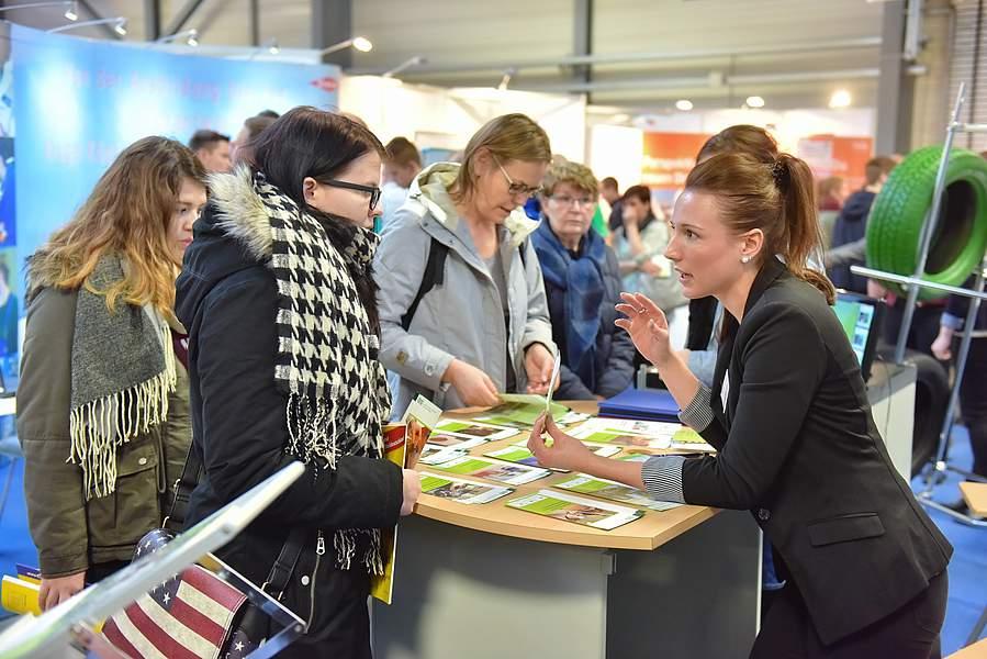 Messe Chance in Halle 2018: Beratung von Ausstellern