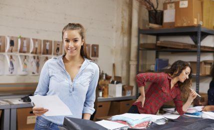 Ferienjob: Jobangebote und Verdienstmöglichkeiten für Schüler und Studenten