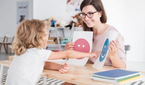 Heilpädagogen können sich auf Kinder spezialisieren