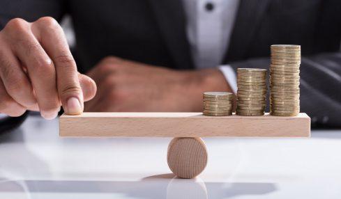 Controller wägen Finanzielles ab