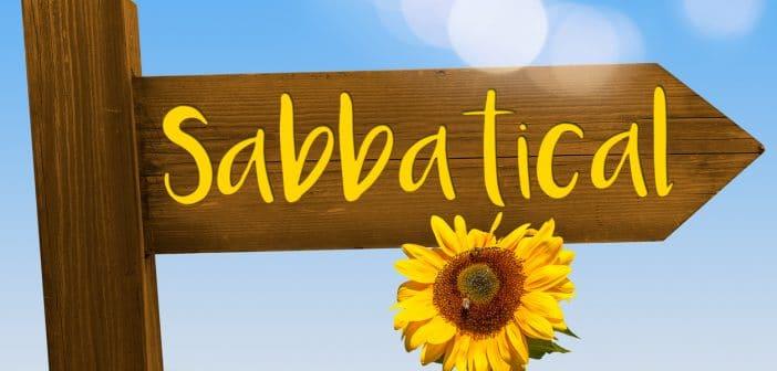 Wegweiser mit Aufschrift Sabbatical