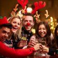 Kollegen auf Weihnachtsfeier