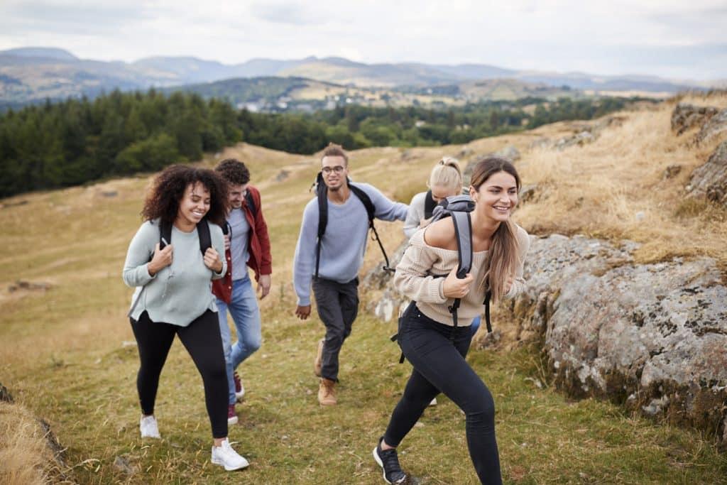 Gute Vorsätze 2020: Mit Freunden wandern