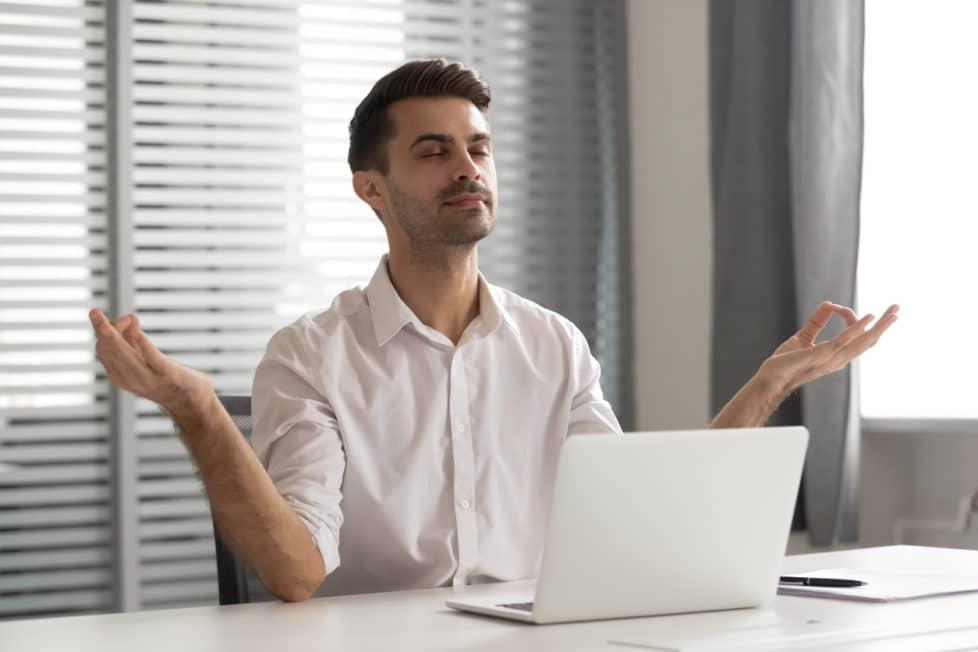 Achtsamkeit im Arbeitsalltag - careeasy Karrieremagazin