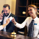 Hotelfachfrau am Empfang