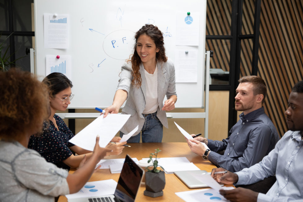 Kommunikations-Fails im Joballtag - stellenanzeigen.de - careeasy Karrieremagazin - Meeting