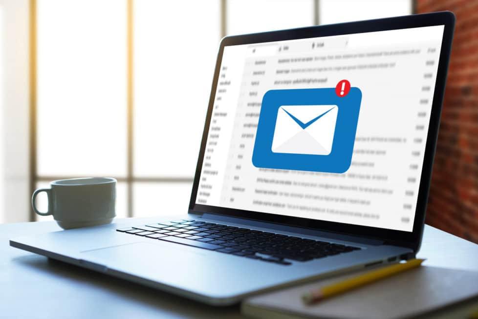 Kommunikations-Fails im Joballtag - stellenanzeigen.de - careeasy Karrieremagazin - Mail